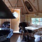 Grillkota 12 m2, tafelblad onder raam